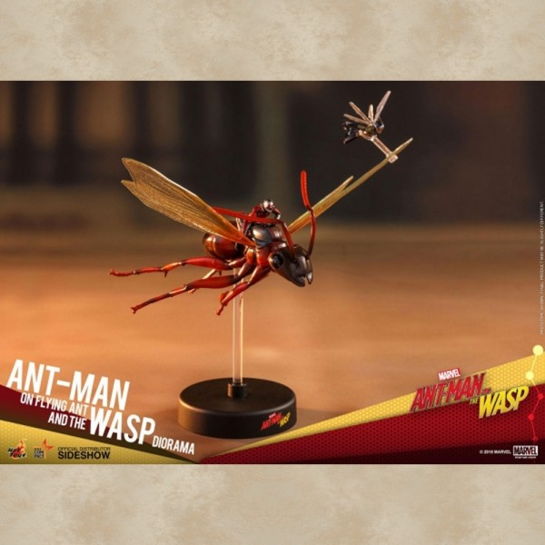 Hot Toys Ant-Man (Flying) - Ant-Man & The Wasp