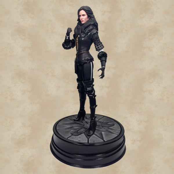Yennefer Statue - The Witcher